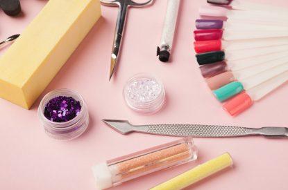 Strumenti Manicure - Come si apre un Centro Estetico